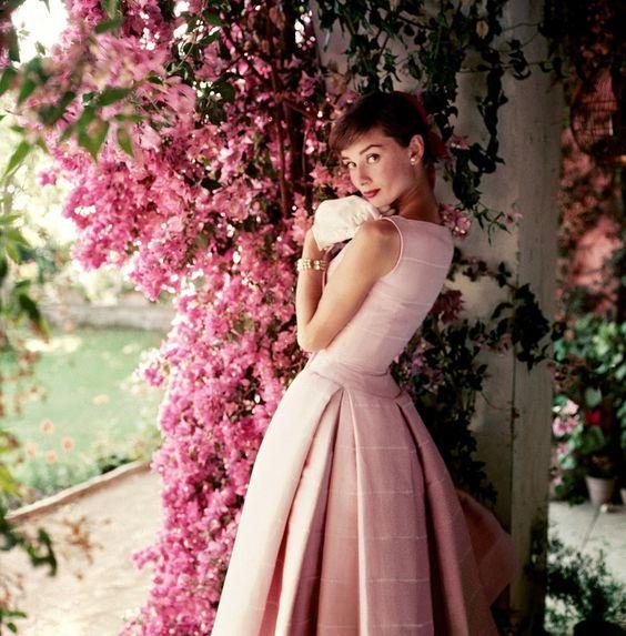 Audrey Hepburn - Women of Style
