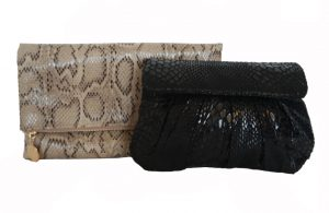 snake clutches spring